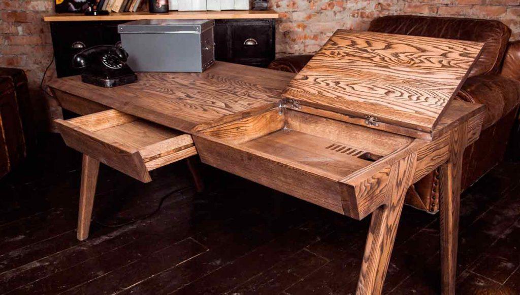 Письменный стол в кабинет