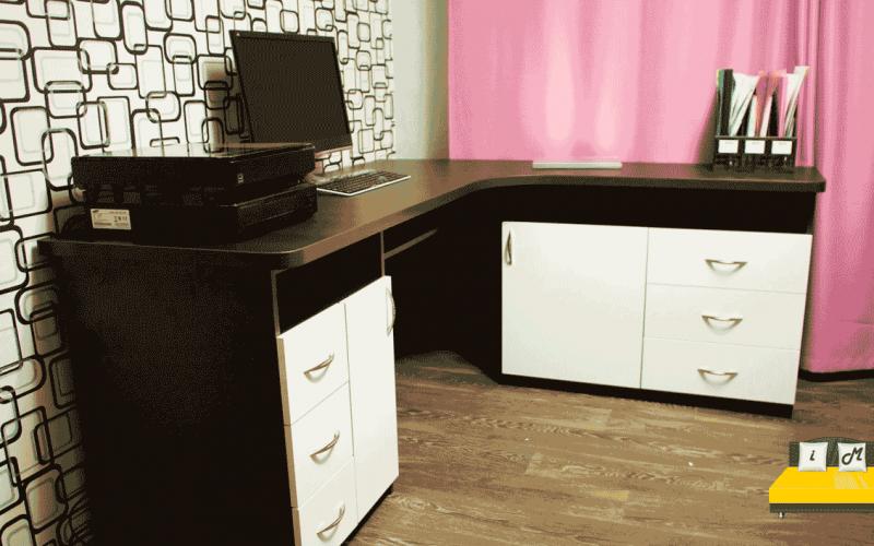 Угловой-письменный-стол-для-школьника-2
