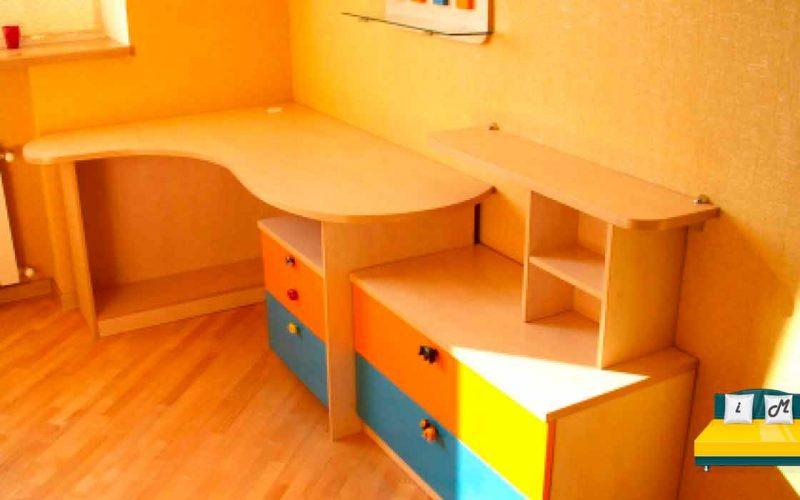 Угловой-стол-для-школьника-2