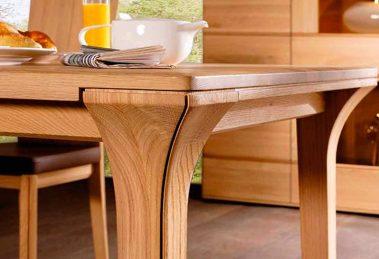 Обеденный стол раздвижной из дерева