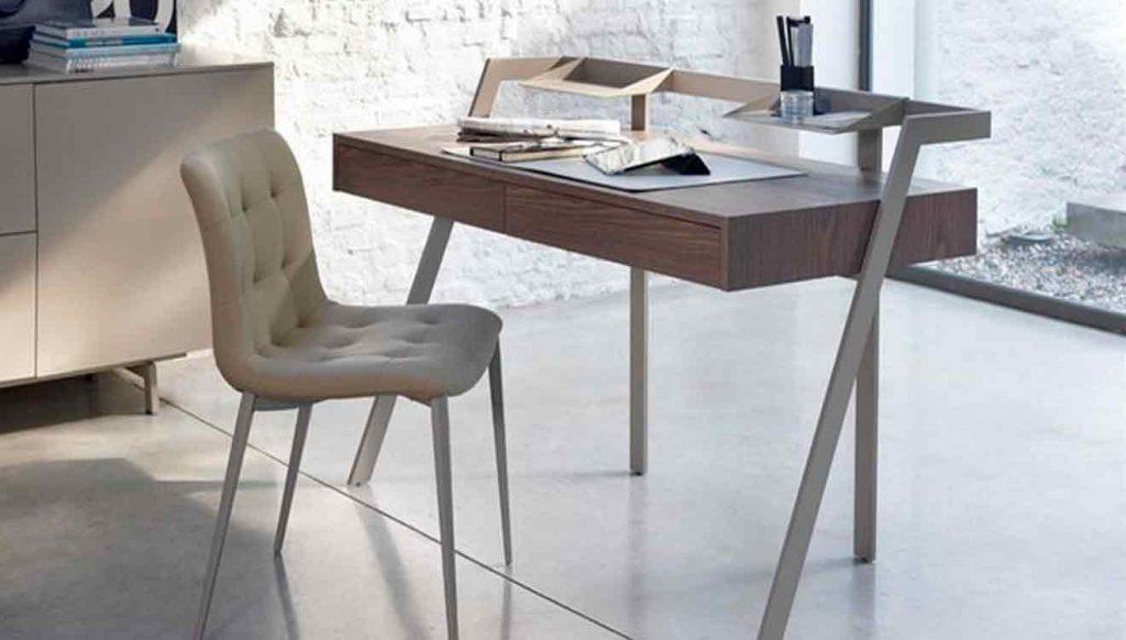 Современные письменные столы для дома