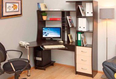 угловой компьютерный стол с полками и ящиками